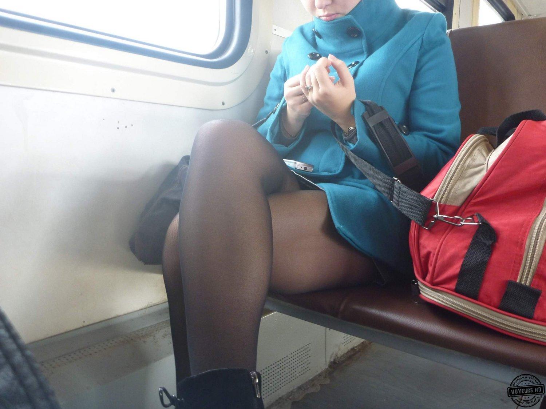 Pantyhose train voyeur - Voyeur Videos